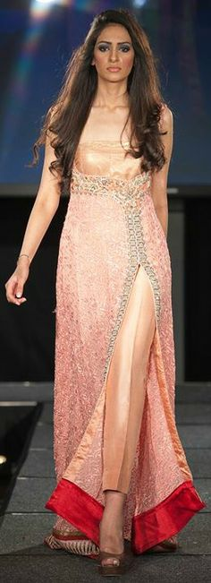 Asim Jofa at Pakistan Fashion Extravaganza 2011 Pakistan Fashion, India Fashion, Ethnic Fashion, Asian Fashion, Pakistani Dresses, Indian Dresses, Indian Outfits, Indian Attire, Indian Wear