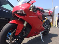 #ducati 2014 Ducati Superbike 2014 DUCATI 1199 PANIGALE ABS, TCS, DQS LOW MILES! LIKE NEW! BABIED AND GARAGED please retweet