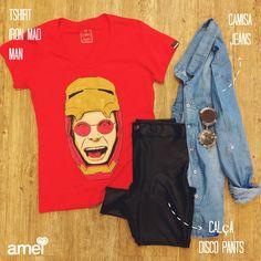 Sem deixar de lado sua faceta rockstar Ozzy Osbourne abre mão do pretinho básico e veste o traje Iron Mad Man! ❤️ #lojaamei #chicorei #tshirt #ironman #discopants #jeans #vermelho