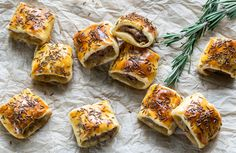 Here are the 8 best sausage roll recipes to make at home. Some meat-free, some vegan - all delicious! These are so much yummier than the frozen shop-bought! Best Sausage Roll Recipe, Homemade Sausage Rolls, Frozen Shop, Home Made Sausage, Whats For Lunch, Just Bake, Finger Foods, Food To Make, Good Food