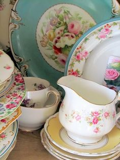 .. Best Vintage Shabby Cottage Roses Dishes Dinnerware