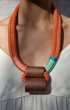 Necklace made with climbing rope. - Collar hecho con cuerda de escalada.