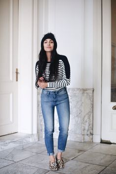 Anna Nooshin in our 90's Tapered jeans and Fezela Round Neck Knit #tightorwide #nowonline