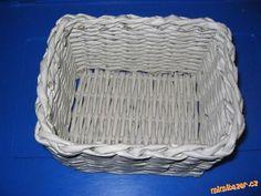 Hranatý koš z papíru celý pletený