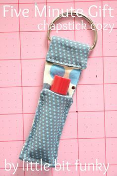 Sewing Projectsfor Teens | DIY GIft Ideas at http://diyjoy.com/quick-sewing-projects-diy-ideas