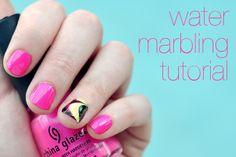 Marble nails. Cute!