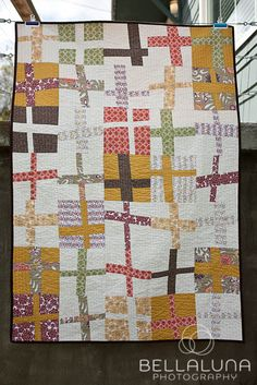 wonky cross quilt in Daisy Janie organic fabric | This is my favorite quilt I've done so far :)