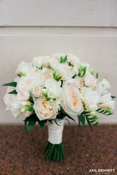 White and pink bridal flowers - wedding flowers, wedding photography