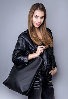 Great gift for mum. Elegant Shoulder Bag / Black handbag made of eco leather, fastened with a metal gold lock – a unique product by ---drops--- via en.DaWanda.com
