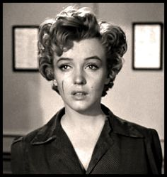 Marilyn Monroe :Don't Bother to Knock', released 1952 !