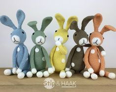 These are self-made crochet patterns and will be sent as a PDF file by e-mail . Holiday Crochet, Easter Crochet, Diy Crochet, Crochet Dolls, Crochet Toys Patterns, Amigurumi Patterns, Stuffed Toys Patterns, Fabric Animals, Crochet Animals