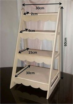 Cardboard Crafts, Wood Crafts, Diy And Crafts, Wood Projects, Woodworking Projects, Candy Cart, Craft Fair Displays, Pallet Furniture, Shelving