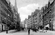 Old photograph of the Lawnmarket in Edinburgh, Scotland