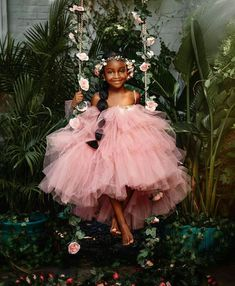 Munaluchi Bride - THE most adorable! Featured on our sister page. Cute Black Babies, Beautiful Black Babies, Black Kids, Beautiful Children, Black Baby Girls, Baby Girl Fashion, Kids Fashion, Bridal Fashion, Style Fashion