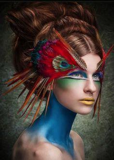 maquillage artistique professionnel pour les gens plus arts