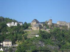 Schloss Hotel Rheinfels Sankt Goar am Rhein, ein Schlosshotel nicht nur für Verliebte direkt angrenzend an die Burgruine.