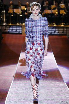 Marc Jacobs Spring 2016 Ready-to-Wear Fashion Show - Julia Nobis