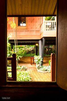 Jim Thompson House in Bangkok - Fantastic stopover when travelling to Koh Samui Contemporary Architecture, Architecture Design, Jim Thompson House, Ko Samui, Thai House, Thailand Travel, Samui Thailand, Resort Style, Angkor