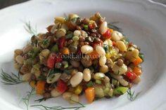 Σαλάτα οσπρίων Salad Recipes, Diet Recipes, Cooking Recipes, Healthy Recipes, Shrimp And Quinoa, Spicy Shrimp, Lunch To Go, Salad Bar, Greek Recipes