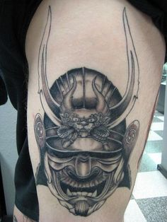 Japanese, Afro and Geisha Samurai Tattoo Designs, Meanings and Ideas. Awesome traditional Samurai tattoos for your sleeve, chest or other body parts. Samurai Maske Tattoo, Hannya Samurai, Samurai Helmet, Samurai Warrior, Samurai Art, Tatuajes Tattoos, Irezumi Tattoos, Leg Tattoos, Cool Tattoos
