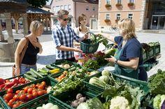 Auf dem Wochenmarkt findet man immer leckere und regionale Produkte - http://www.schweinfurt360.de/  #Wochenmarkt #Markt #Regional