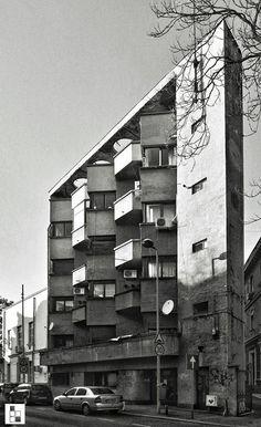 Un bloc modernist din anii '30 absolut deosebit, pe strada General Berthelot  Source: Bucuresti Realist. Toate drepturile rezervate.
