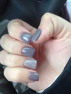 grey nail art for this winter ideas 21 grey gel nails, gel acryli Grey Gel Nails, Nails Yellow, Grey Nail Art, Grey Acrylic Nails, Gel Manicure, Acrylic Gel, Glitter Accent Nails, Grey Art, Nail Gel