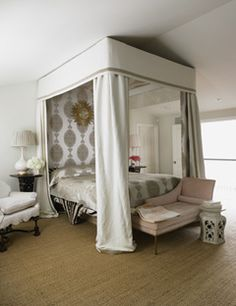Absolutely adore the  Bergamo fabric Windsor Smith used on her canopy bed.