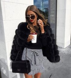 Casual Fall Look – Fall Must Haves Collection. 26 Pretty Street Style Looks To Inspire Every Woman – Casual Fall Look – Fall Must Haves Collection. Fashion Mode, Look Fashion, Womens Fashion, Fashion Trends, Feminine Fashion, Fashion 2018, Luxury Fashion, Fashion Lookbook, Ladies Fashion
