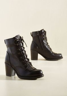 If infallible footwear is your forte, you're sure to adore these dark brown boots! More than just a stacked-heel pair, these kiltie-detailed kicks are - yes, you read that correctly - rain-resistant with their thoughtfully-crafted, leather uppers. Truly untouchable in style and design!