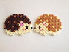 Hérisson - Hedgehogs hama perler beads by HamaBasi Perler Bead Designs, Hama Beads Design, Diy Perler Beads, Perler Bead Art, Pearler Beads, Hama Beads Kawaii, Hama Beads Coasters, Melty Bead Patterns, Pearler Bead Patterns