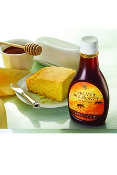 Forever Bee Honey. Il miele Forever è un prezioso alimento naturale. Con i suoi carboidrati, minerali e vitamine rappresenta un'eccezionale fonte di energia. Può essere usato come dolcificante, da solo o sul pane e cereali.  Contenuto 500 gr. (art. 207)