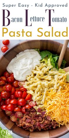 Minute BLT Pasta Salad ~ Easy 15 Minute Dinner This 15 min bacon lettuce tomato pasta salad is the perfect quick summer pasta salad for parties or an easy quick dinner. It's one of the easiest bacon for a meal recipes and is even pretty healthy. Tomato Pasta Salad, Blt Pasta Salads, Summer Pasta Salad, Healthy Pasta Salad, Bacon Tomato Pasta, Party Salads, Pasta Meals, Dinner Salads, Pasta Salad With Avocado