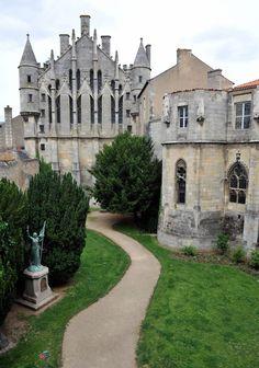 Palais des Comtes de Poitou, Ducs d'Aquitaine, à Poitiers, dans la Vienne (France) ©Daniel Proux