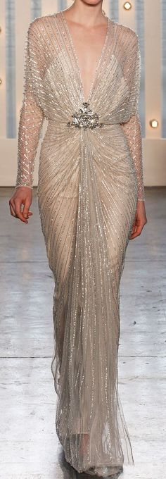 Jenny Packham vintage inspired gown totally gorgeous, oozes glamour and is sooooo sexy