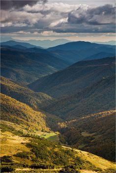 Вони тримають небо над собою, Байдужі до людської суєти...Carpathian mountings , photo of Vovikmar , W Ukraine , from Iryna