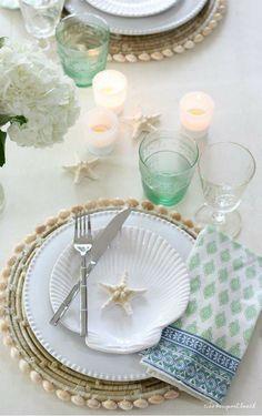 Coastal Cottage, Coastal Style, Coastal Decor, Coastal Living, Table Setting Inspiration, Dinner Themes, Tropical Party, Winter House, Holiday Fun