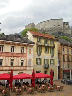 Bellinzona es una ciudad suiza, la capital del cantón del Tesino y del distrito de Bellinzona. Switzerland.