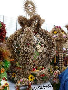 ...... Mabon, Christmas Wreaths, Celebration, Thanksgiving, Autumn, Holiday Decor, Diy, Fall Season, Bricolage