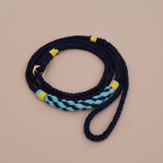 Handmade love. Cotton rope leash by Lasso. Cruiser design.