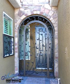 Crescente - Wrought Iron Entryway - Model: EW0371