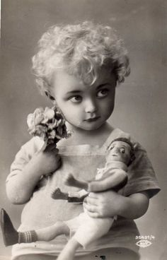 1925. What a uniquely beautiful child!