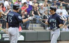 TWICE AS NICE: Ichiro blasts two homers in 12-inning, 10-8 #Mariners win over the #WhiteSox. 6/2/12