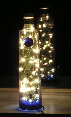 An idea to try with an old bottle for Xmas decoration.