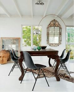 Antique dining room decor paired with Modern chairs | La Beℓℓe ℳystère