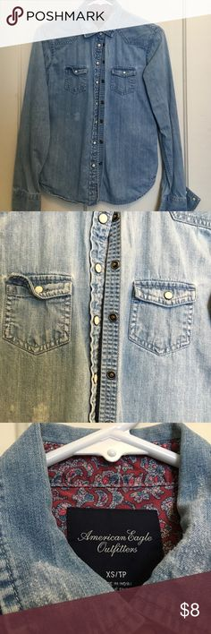AE Denim Button Down, XS Excellent shape! American Eagle Outfitters Tops Button Down Shirts