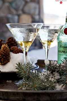 Silver Tip Martini | A refreshing #cocktail with a hit of pine essence. MarlaMeridith.com ( @MarlaMeridith )