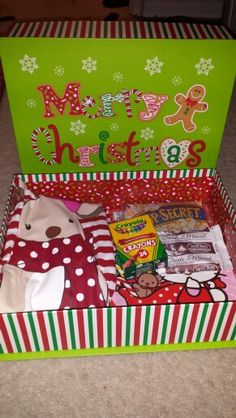 Christmas Eve Box for kids! - I am doing something similar this year. The box will include Pj with matching reindeer slippers, a new tree nightlight, cookie recipe and a few other things.