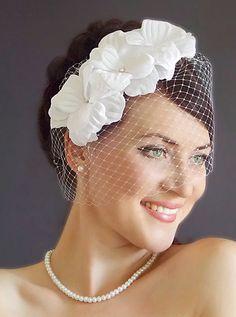 Bridal Birdcage veil. Floral fascinator. White Birdcage veil. Wedding  fascinator. White wedding 5f5d35a86116