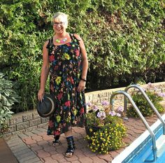 H&M Floral Dress on a Day Off | A Labour of Life